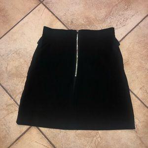H&M Skirts - H&M black skirt size 10